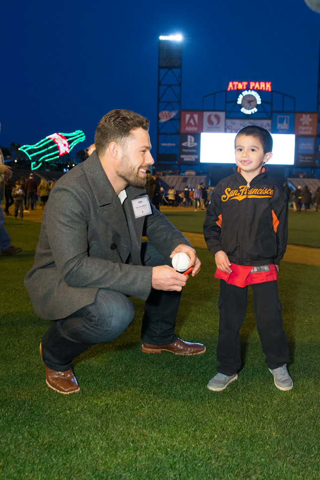 Mac Williamson at Holiday Heroes