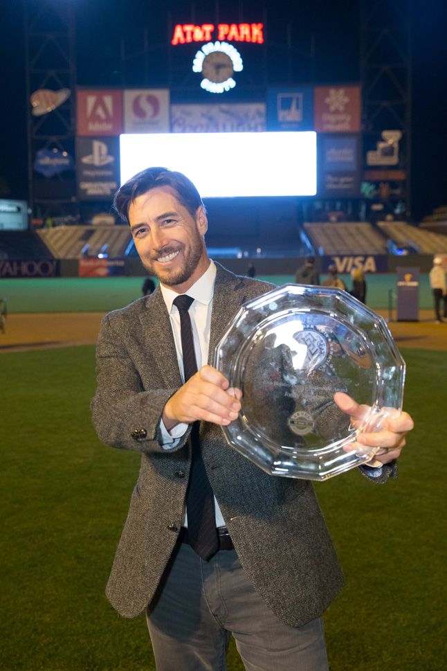 Jonny Moseley wins the 2016 Inspiration Award at Holiday Heroes presented by Wender Weis